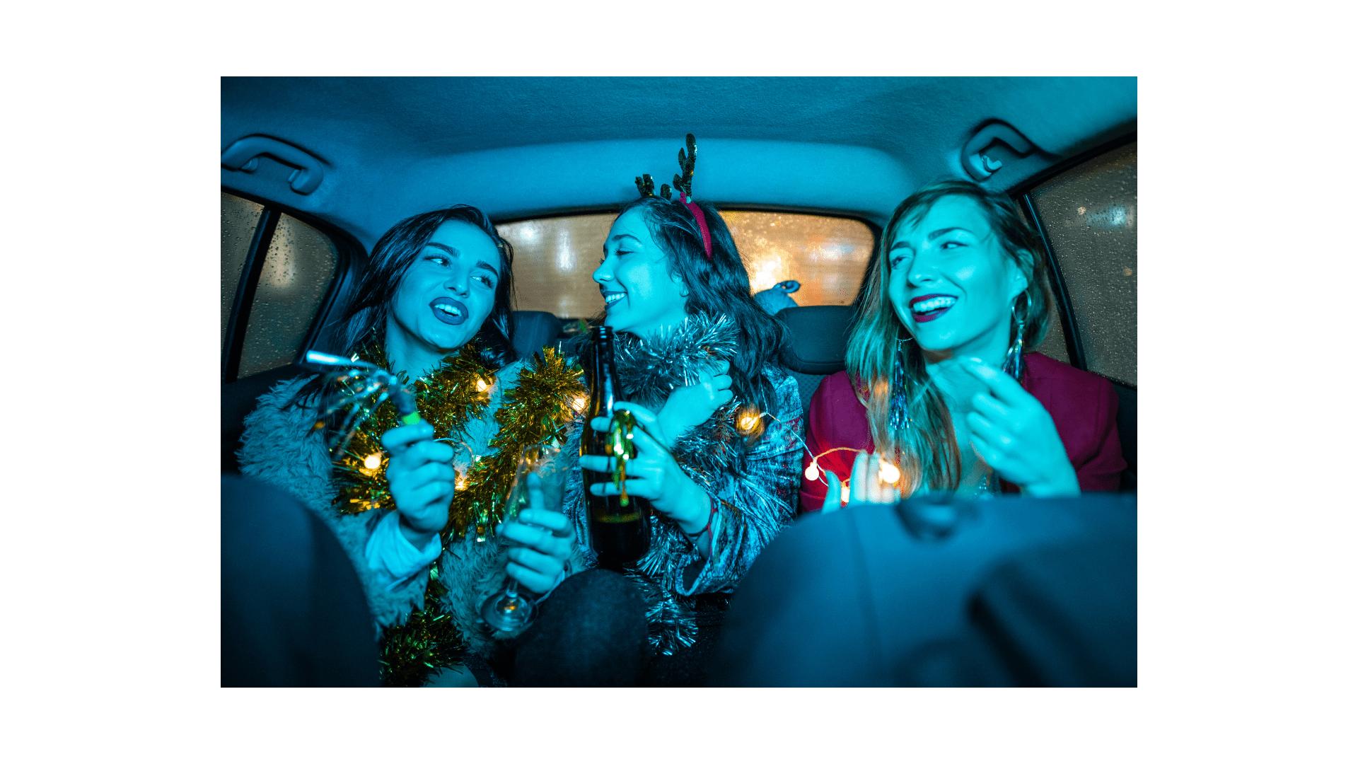 בחורות במונית